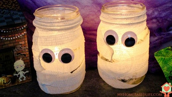 Halloween Mummy Mason Jar DIY