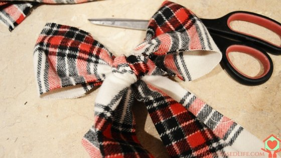 Simple Rustic Flannel Wreath