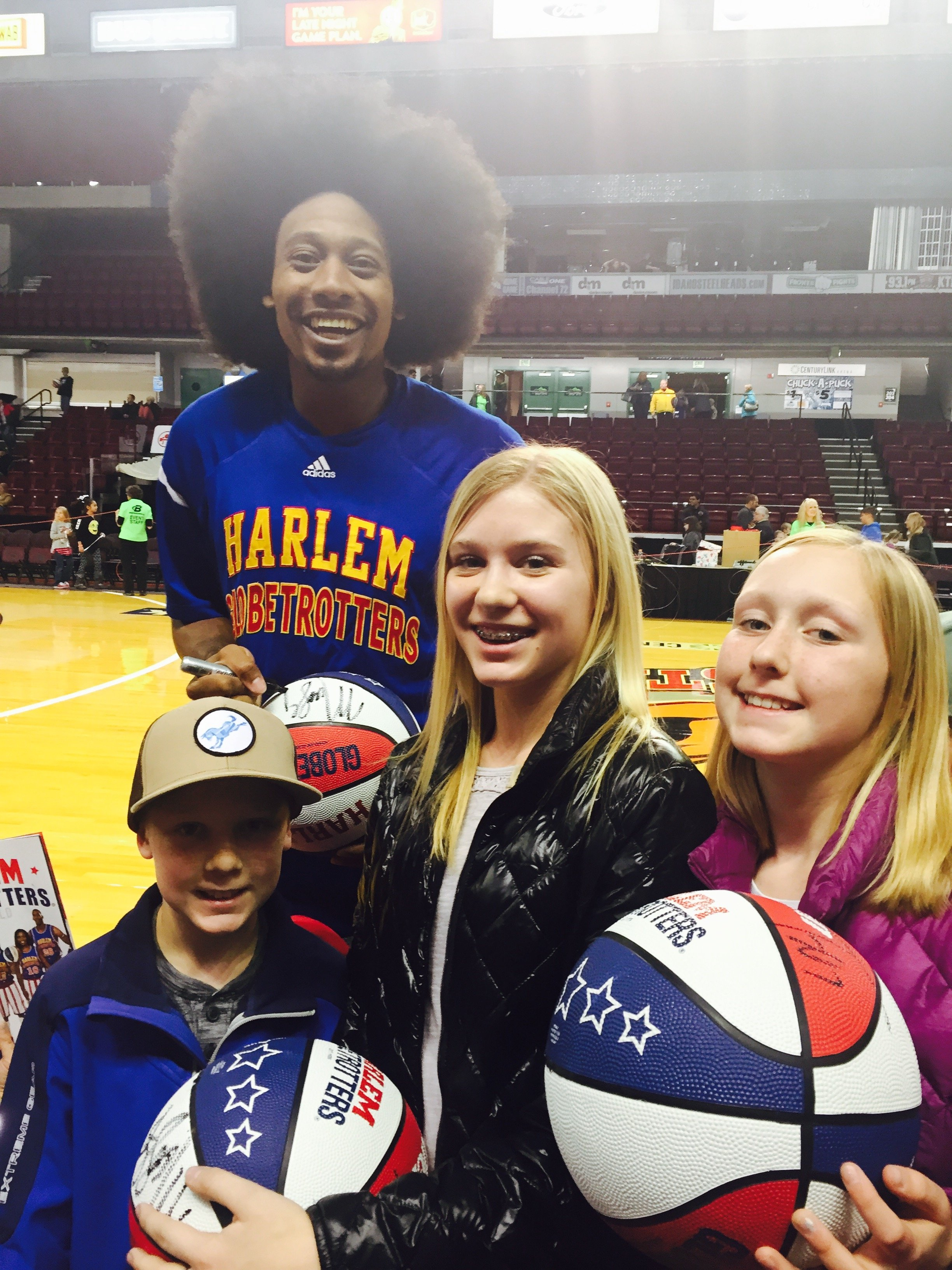 After the game, Globetrotter stars will sign autographs and take photos with fans.