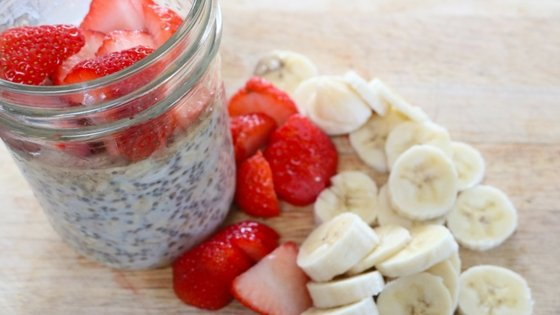 Strawberry Banana Oatmeal Parfait