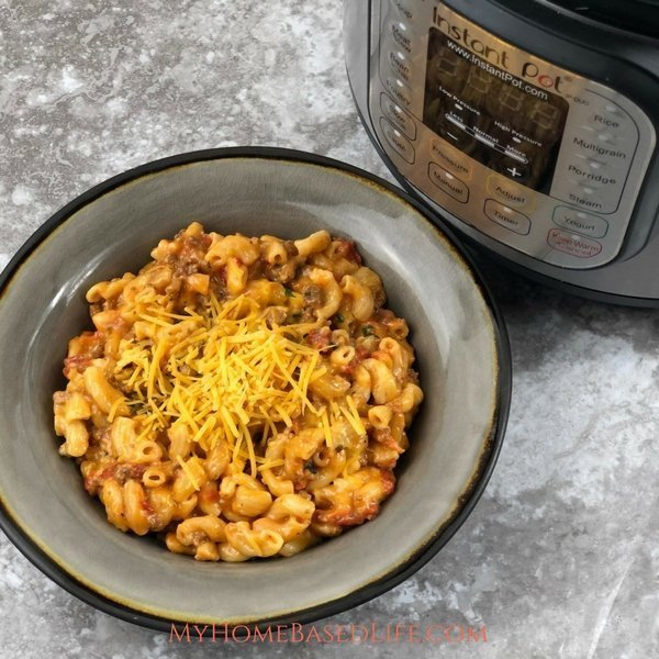 Instant Pot Cheesy Goulash
