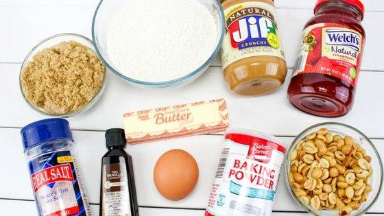 Peanut Butter & Jelly Snack Bars Recipe