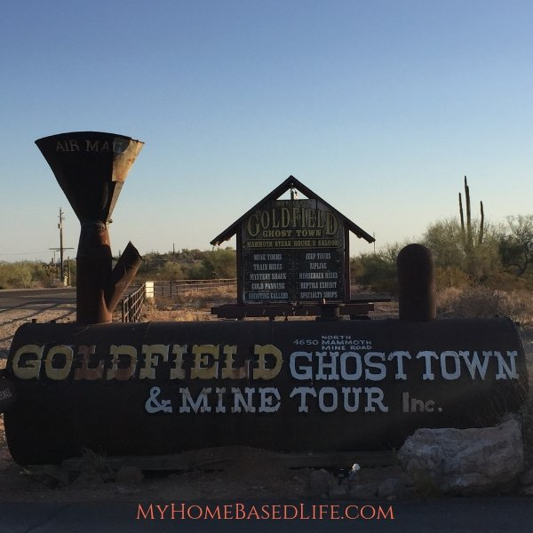 Goldfield Ghost Town in Apache Junction, Arizona was established in 1893 and it's the gateway to the legendary superstition mountains. #arizona #ghosttowns #arizonaghosttowns #goldfieldghosttown #myhomebasedlife | Arizona Travel | Arizona Ghost Towns | Ghost Towns | Old Mine Towns |