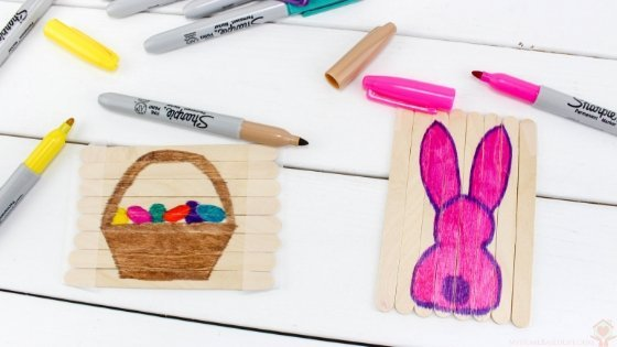 My kids LOVE puzzles lately so I thought why not have Easter Puzzles they can do. We crafted up these adorable Popsicle Stick Easter Puzzles for Kids fairly quickly. #easteractivities #kidsdiy #easter #popsiclestickcraft #myhomebasedlife | Easter Activities for Kids | Easter Crafts for Kids | Popsicle Stick Crafts for Kids | Simple Puzzles for kids