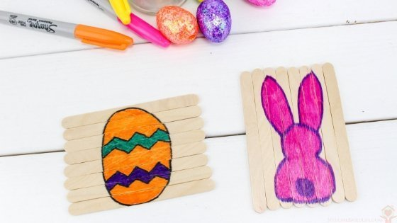 My kids LOVE puzzles lately so I thought why not have Easter Puzzles they can do. We crafted up these adorable Popsicle Stick Easter Puzzles for Kids fairly quickly. #easteractivities #kidsdiy #easter #popsiclestickcraft #myhomebasedlife   Easter Activities for Kids   Easter Crafts for Kids   Popsicle Stick Crafts for Kids   Simple Puzzles for kids