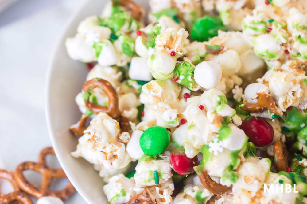 tasty christmas popcorn recipe