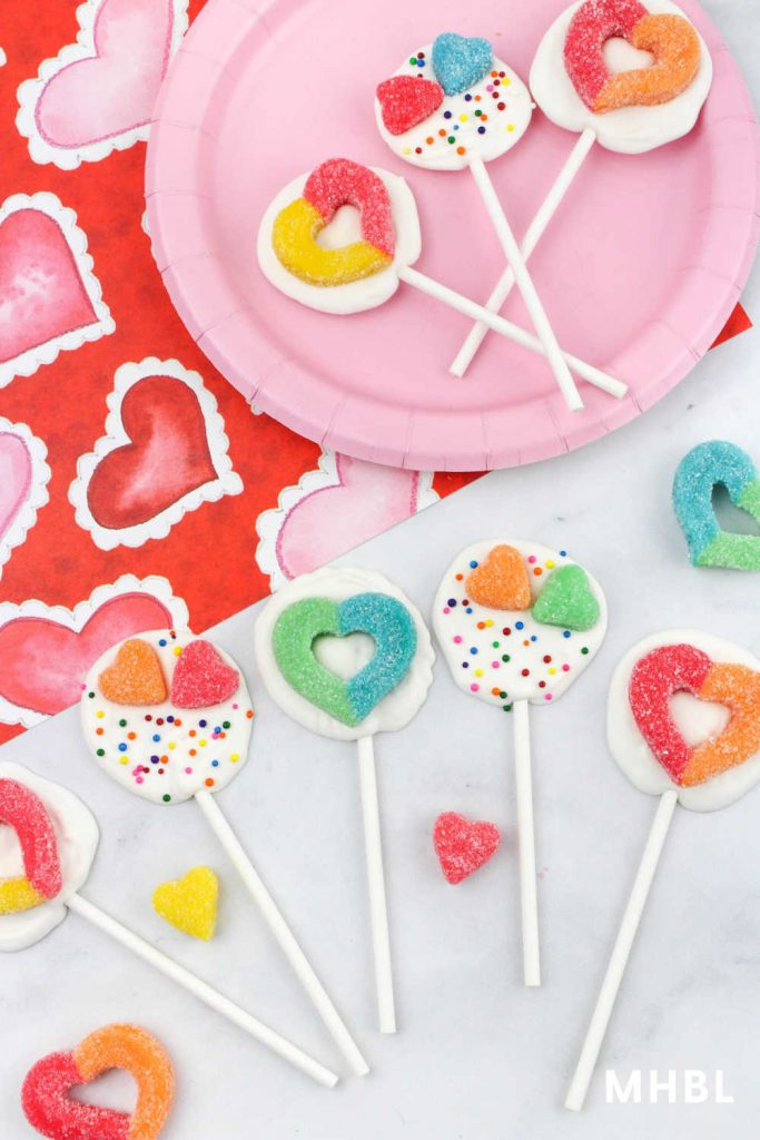 chocolate lollipops perfect for Valentine's Day