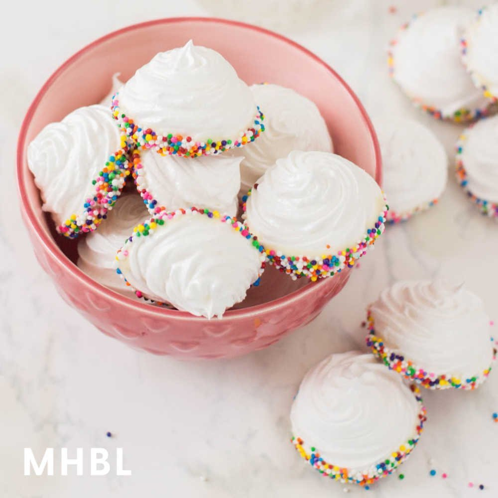 easy meringue cookies with sprinkles and white chocolate