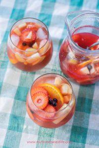 fruity mango sangria recipe