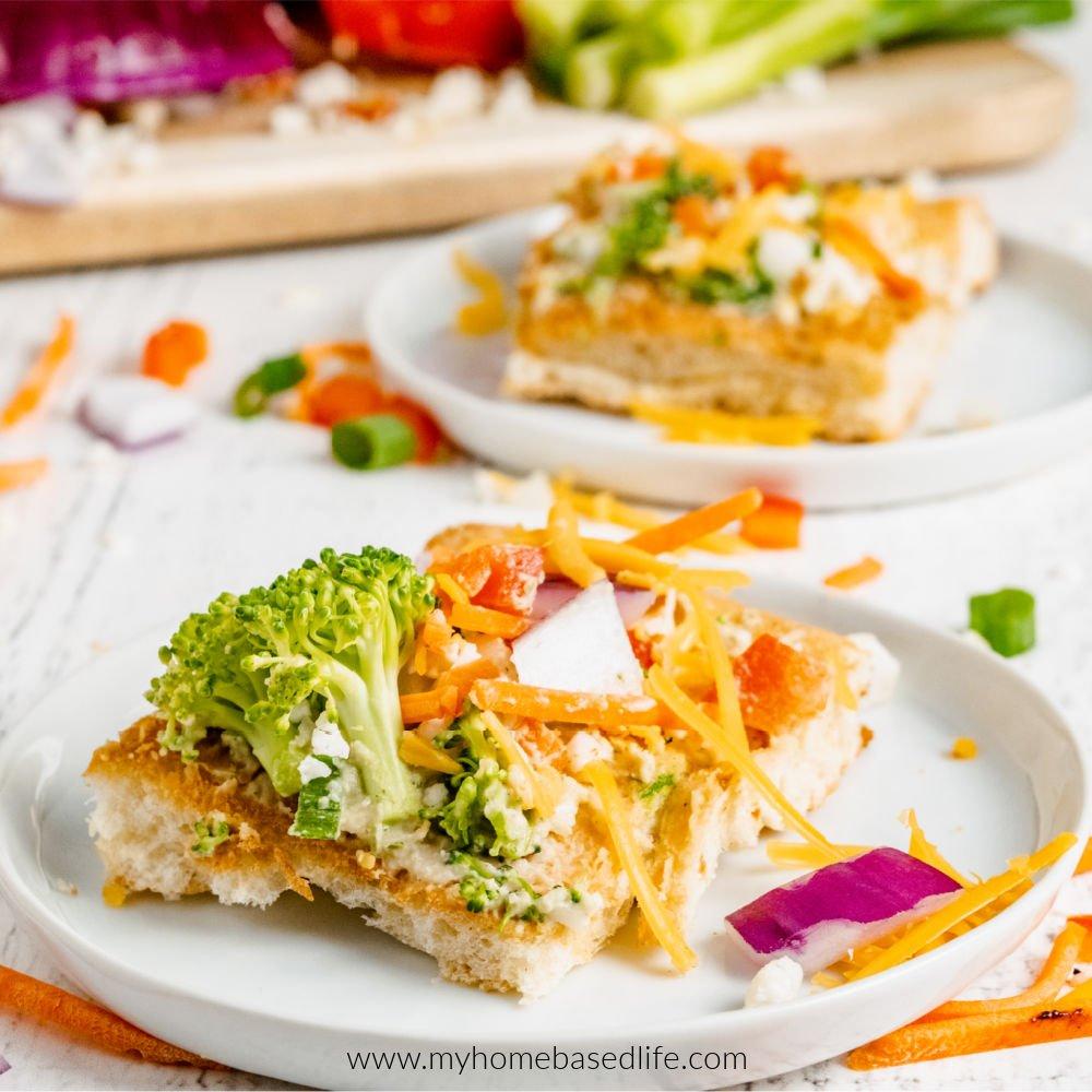 veggie pizza with hummus