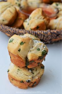 Garlic Herb Mini Monkey Bread