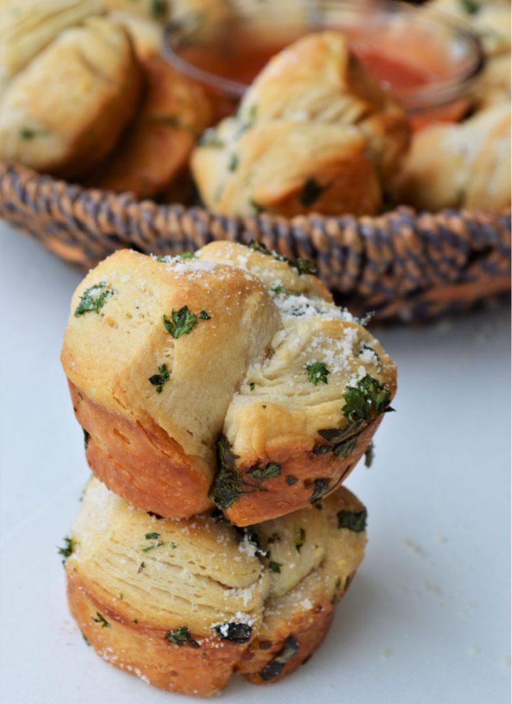 Garlic Herb Mini Monkey Bread