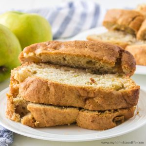 bread with apples in it