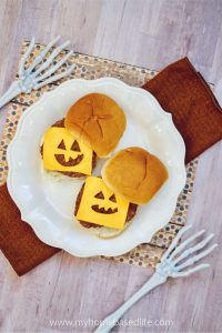 Halloween cheeseburger idea